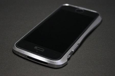 deff_cleave_iphone5_5.jpg