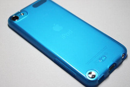 softshell_for_ipod_touch_5th_4.jpg