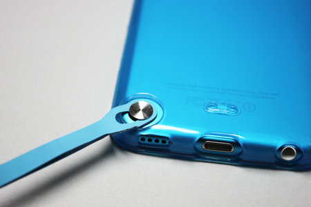softshell_for_ipod_touch_5th_8.jpg