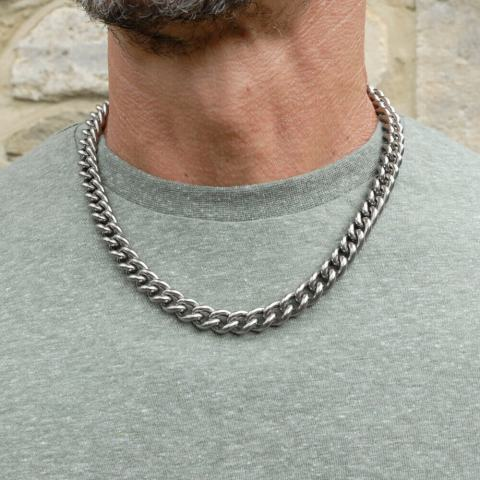 Hypoallergenic titanium chain for men