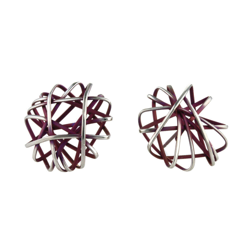 Hypoallergenic titanium frame stud earrings
