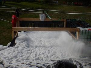 Hindernislauf Nordrhein-Westfalen, XLETIX Challenge Ruhrgebiet 2015, Hindernis Foam Fest