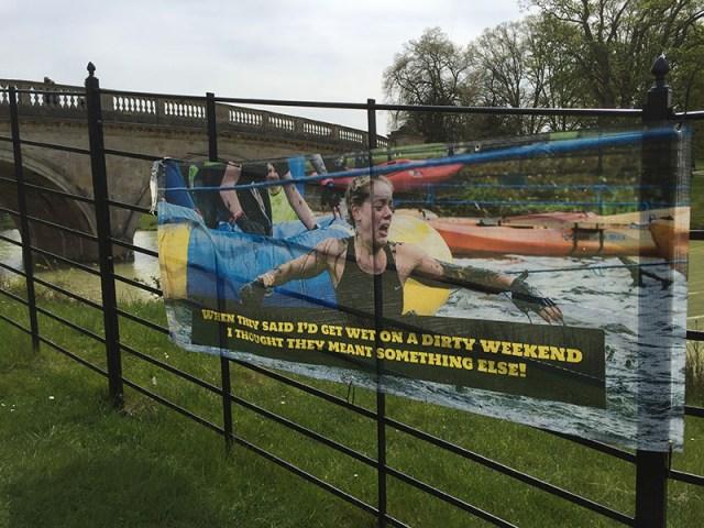 Hindernislauf England, Rat Race Dirty Weekend 2016, Banner