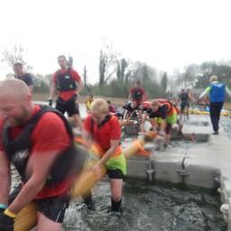 Hindernislauf England, Rat Race Dirty Weekend 2016, Hindernis Pontons