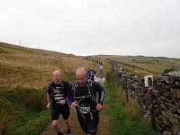 Rat Race Man vs. Mountain, Hindernislauf Wales, Sturm und Regen nehmen zu