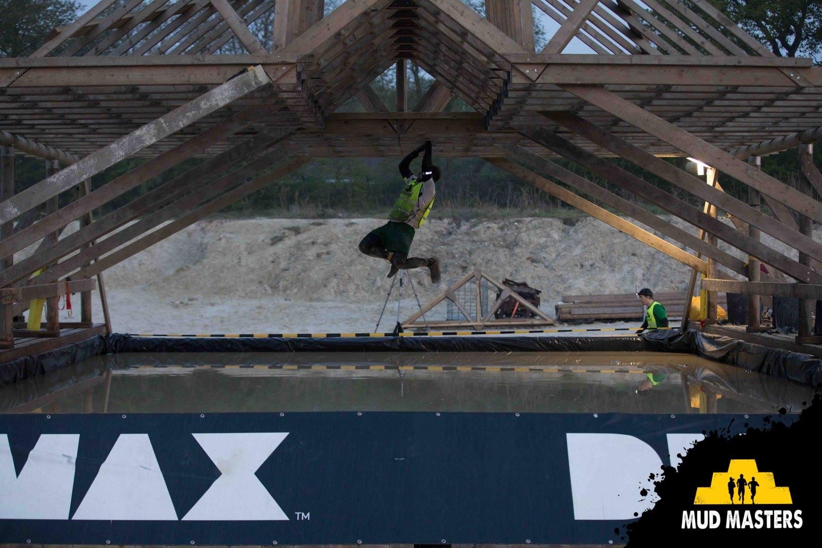 Mud Masters Obstacle Run Night Shift, Hindernislauf Deutschland, Hindernis Monkey Bars
