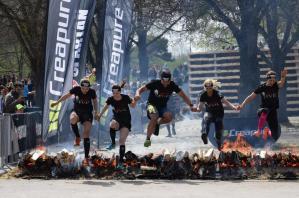 Spartan Race in Kulmbach: Sie gehen auch durchs Feuer