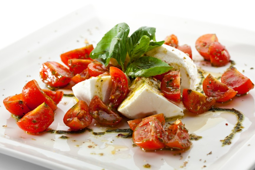 tomato-basil-and-fresh-mozzarella-salad