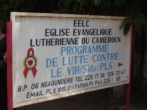 Sida au Cameroun et au Ghana. Le sport pour aider.