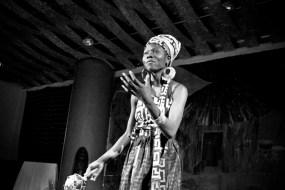 """Critique de la pièce de théâtre de  l'école de danse """"Afrique en mouvement"""""""