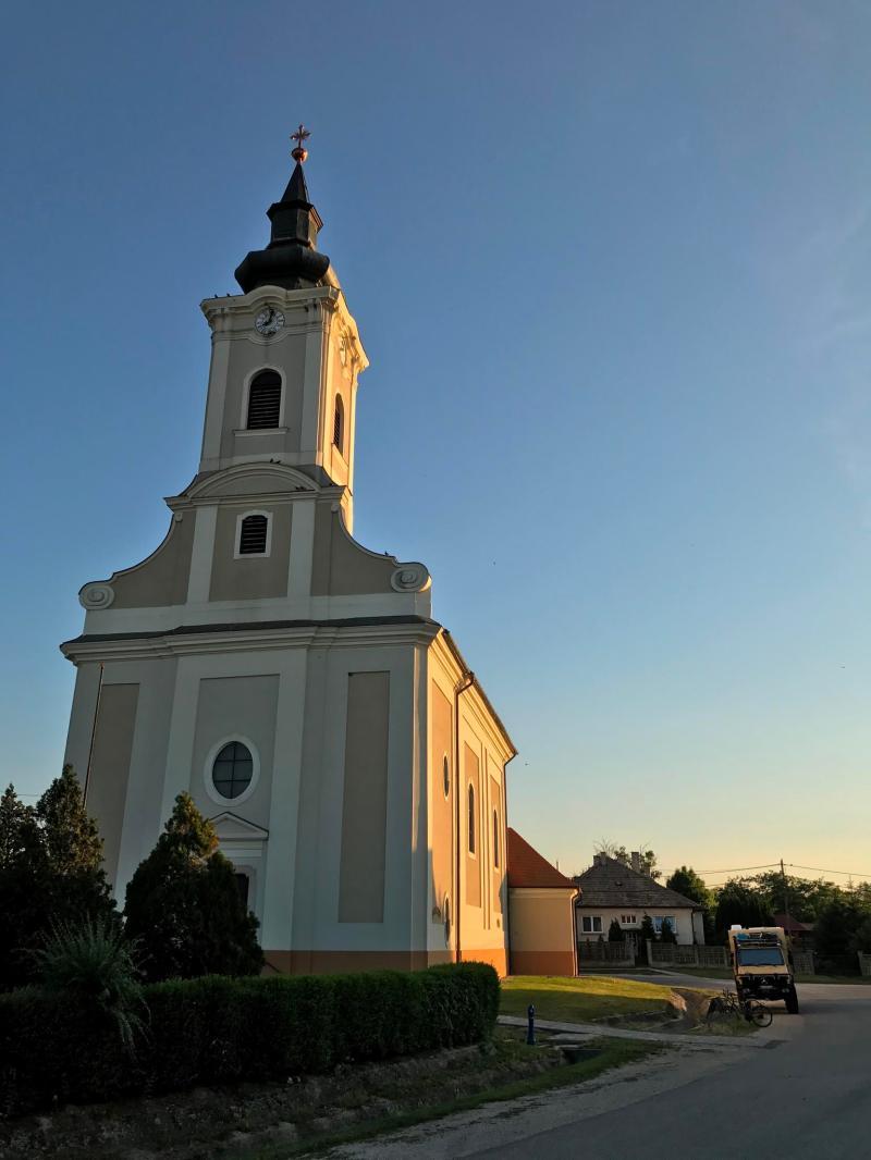 Kirche-in-Ungarn