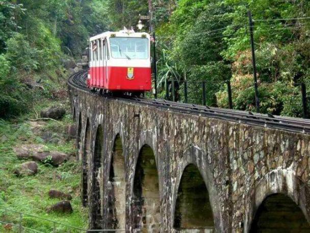 Penang_hill_funicular_railway (2)