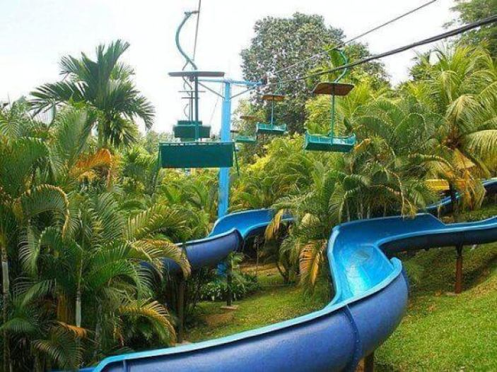 bukit-merah-water-slides