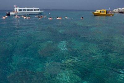 Tourist-activities-in-tioman-island-malaysia-1600x1069