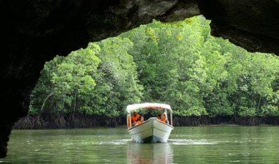 langkawi_toursmangrovetour_boat-1