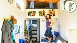 Woman Living in a Tiny House to Achieve Financial Freedom – Interview & Tour