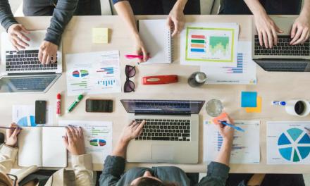 Révolutionner l'entreprise avec une organisation en quatre pôles