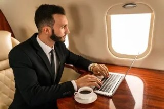 Reasons to Fly by Private Jet at Any Time