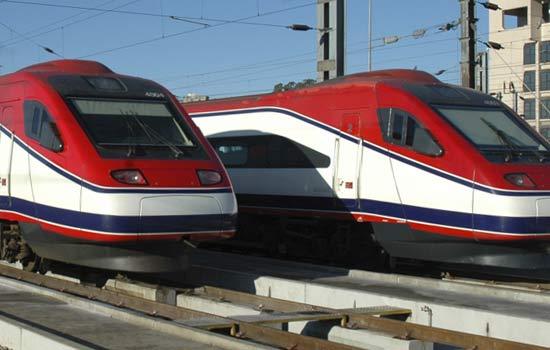 поезд Лиссабон Порту Alfa Pendular