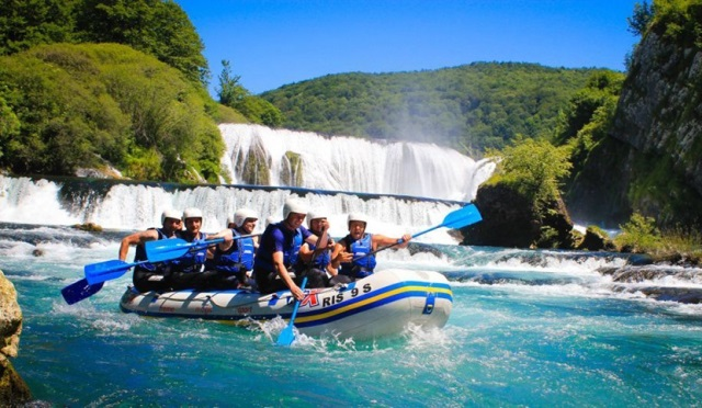 rafting-bosnia-and-herzegovina