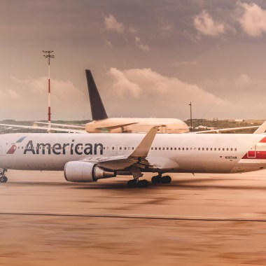 American Airlines Staffing Shortage December 2017