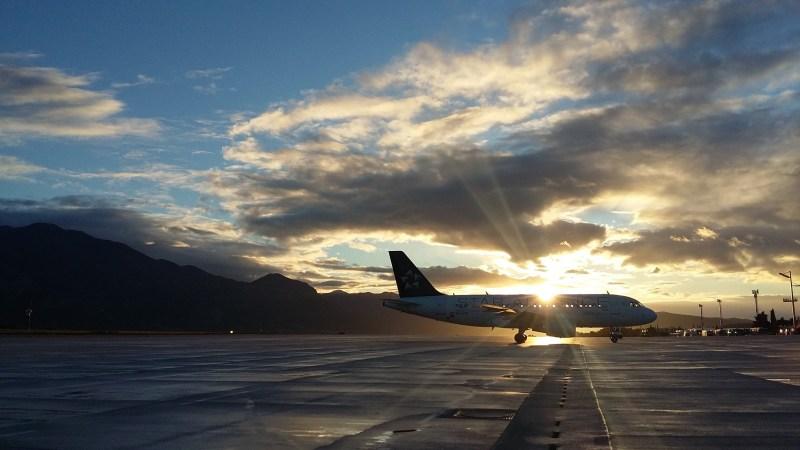 Star Alliance Plane TouringTony.com