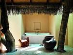Beach Villa Suite - bathroom (9999 x 7504)