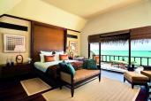 Beach Villa Suite - bedroom (9999 x 6666)
