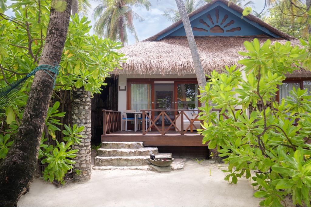 Deluxe Delight Beach Villa Exterior