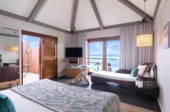 Premium Indulgence Water Villa Bedroom 4