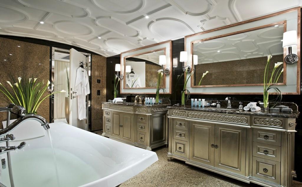 Presidential Suite- Bathroom (2)