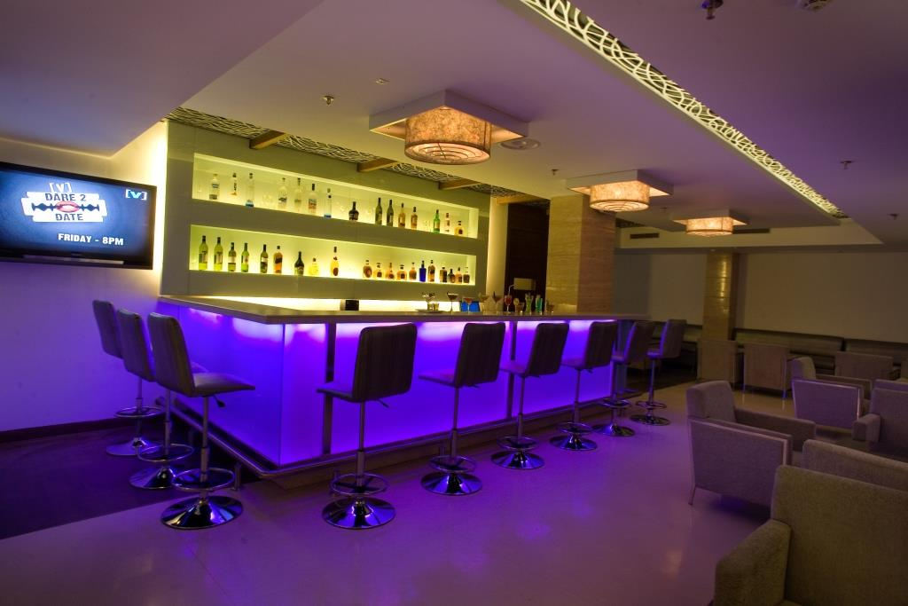 UNWINE (LOUNGE BAR) -1