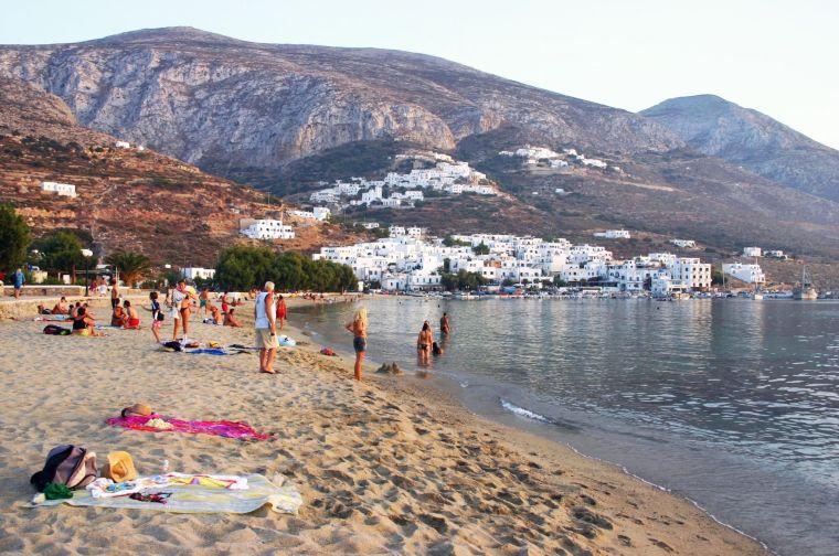 Sandstrand in Griechenland ©Karin Chladek