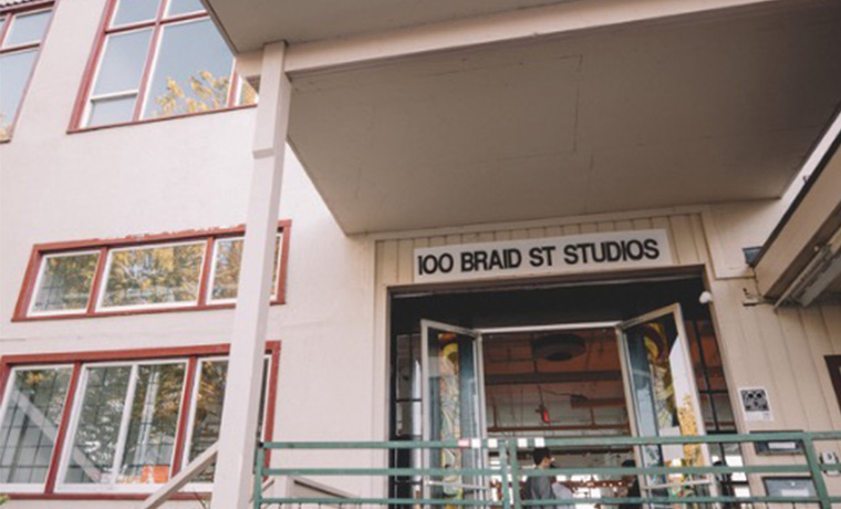 Resize_0025_100 Braid St Entrance-Credit SGreig - 100 Braidst Studios.jpg