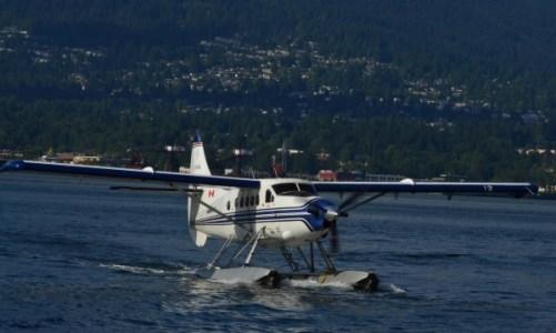 seaplane_landing-600