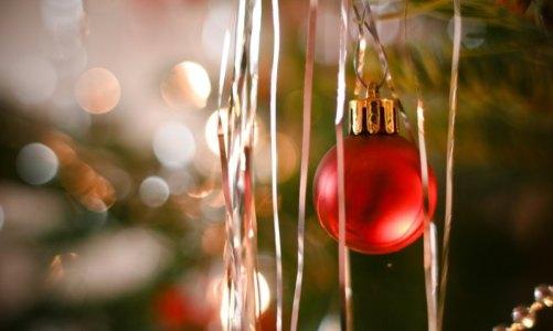 Χριστούγεννα στην Ελλάδα: Θεματικά πάρκα και δράσεις για την τόνωση της αγοράς και του τουρισμού