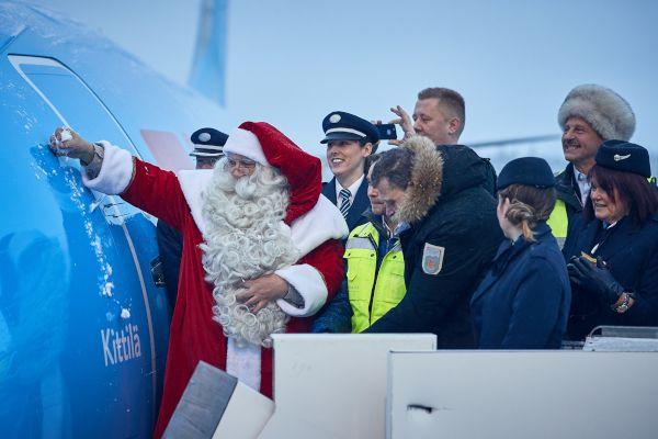 tui-new-plane-finland-santa-claus