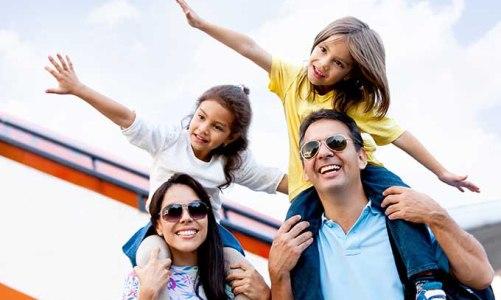 Τι ισχύει στο αεροπλάνο και το πλοίο όταν ταξιδεύετε με παιδιά