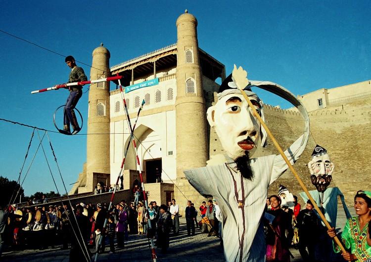 le festival de la Soie et des Epices à Boukhara © Doca Tours