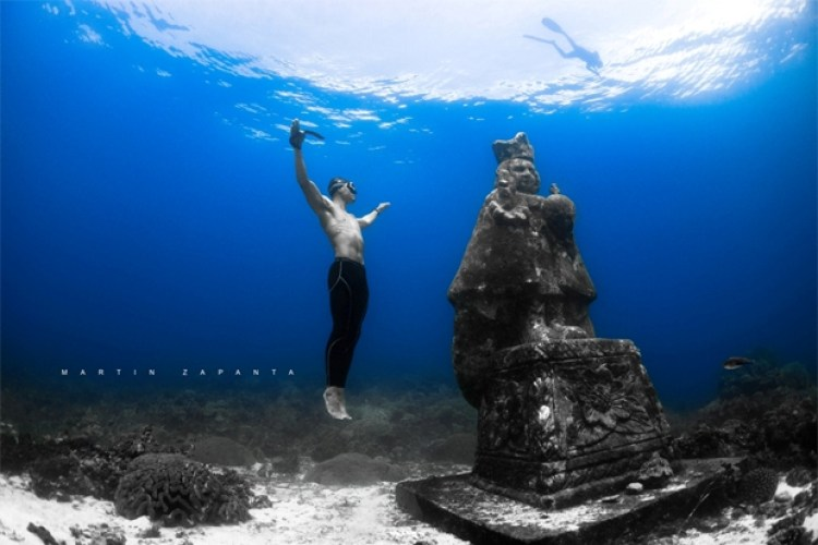 2 Mysterious Statues in the Philippines You Can Only See Underwater