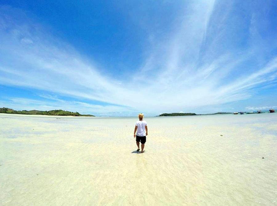 Manlawi Island Caramoan Camarines Sur