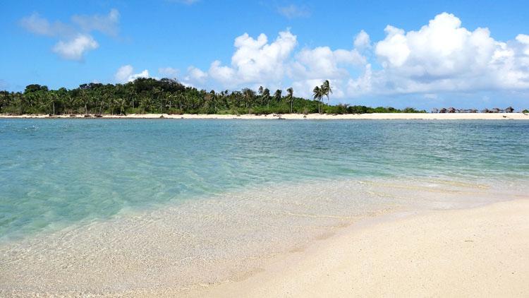 Cotivas Island Caramoan