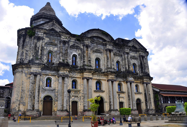 Basilica of Saint Martin de Tours