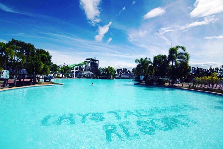 Crystal Wave Resort