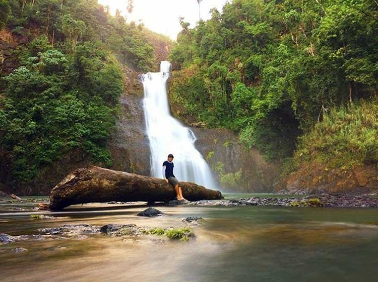 Amandaraga Falls