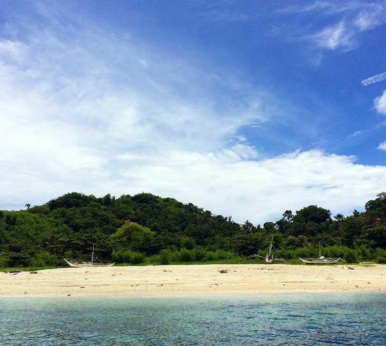 2. Olotayan Island Roxas City