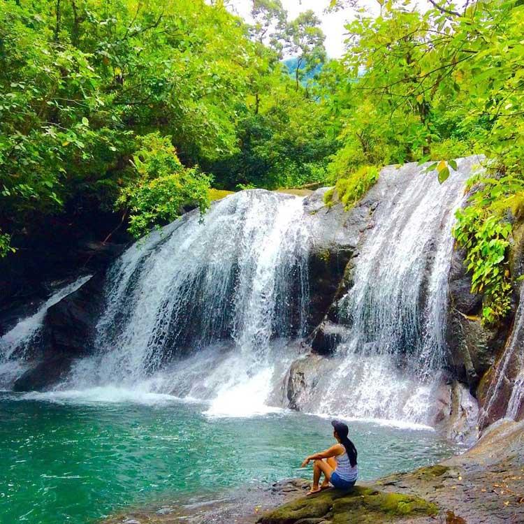 4. Igpasungaw Falls