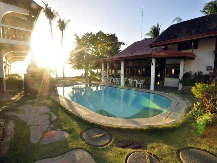4. Coral Beach Club