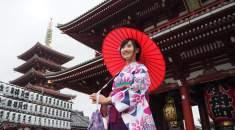 sewa kimono di asakusa jepang
