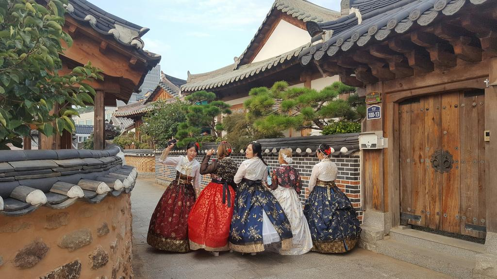 Paket Tour ke Korea Selatan 5 Hari April - Musim Semi (Spring)